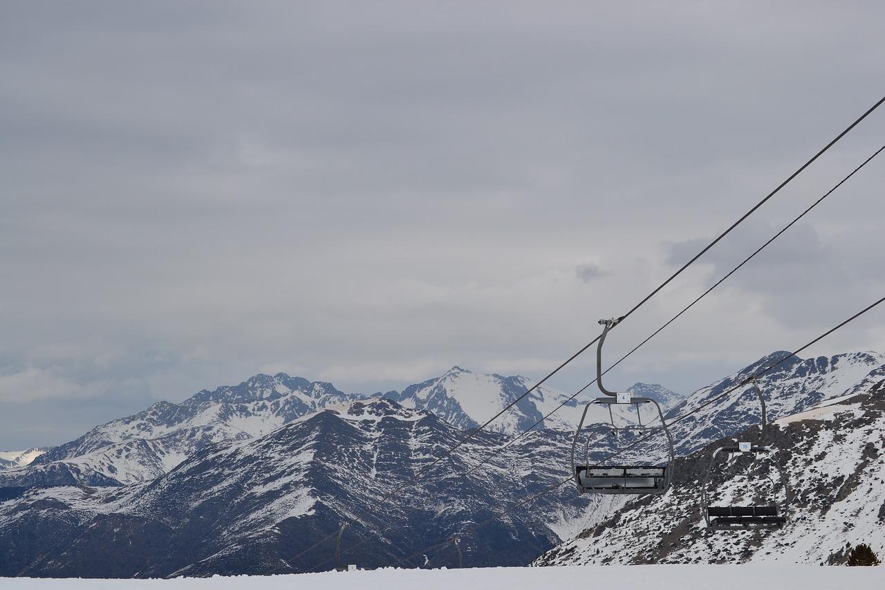 pirineos, boi taull, montañas